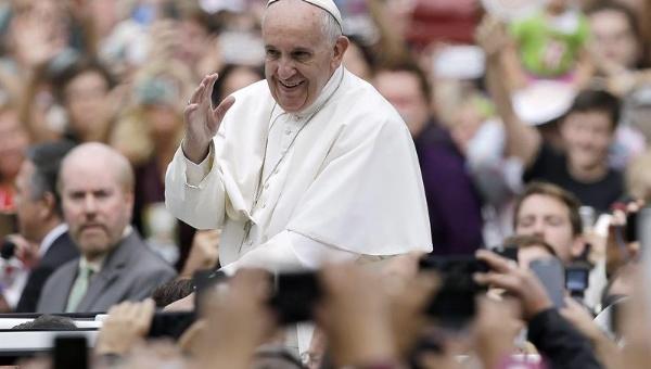 Francisco: El antisemitismo en contrario a todo principio cristiano