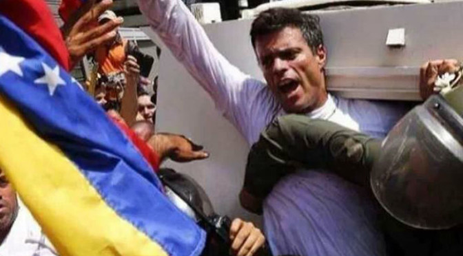 Aznar, González y 1.200 juristas firman un manifiesto pidiendo la liberación de Leopoldo López