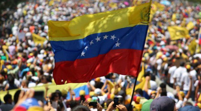 Socialismo del siglo XXI: Crónica de un genocidio en Venezuela