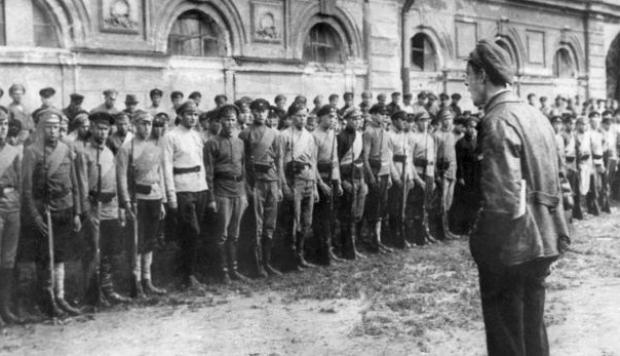Comunismo no es lo mismo que cristianismo – Germán Masserdoti
